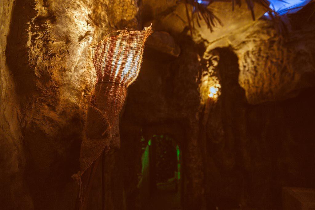 Σπηλιά στο The Survivor Escape Room Θεσαλονίκη