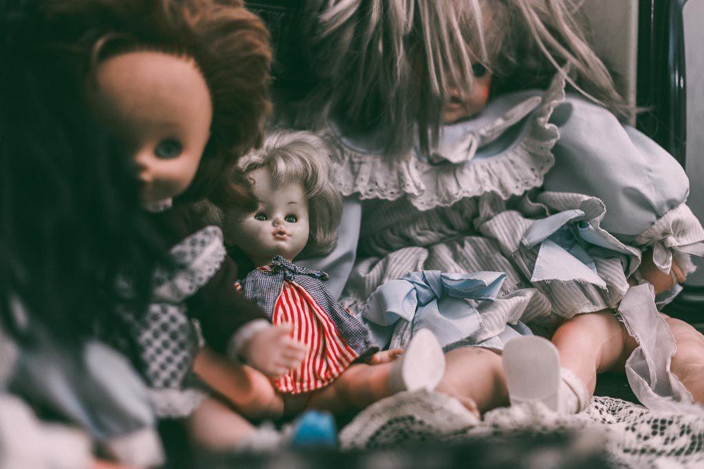 Παλίες κούκλες στο The ritual