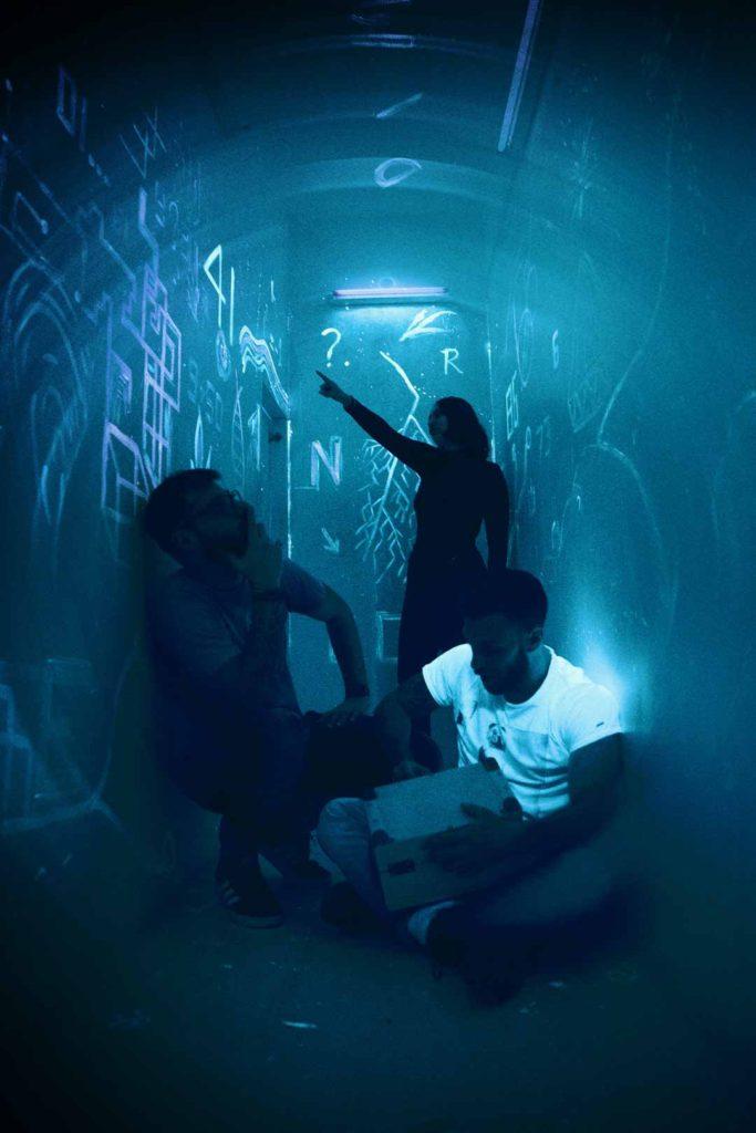 3 άτομα στο Inception Escape Room Θεσσαλονίκη